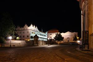 壁纸、、チェコ、建物、ストリート、夜、街灯、Litomysl、