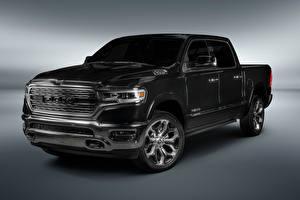 Fondos de Pantalla Dodge Fondo gris Pickup Negro 2018 Ram 1500 Limited Crew Cab Latam