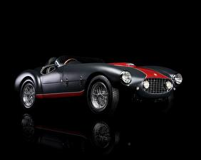Photo Ferrari Vintage Black background 1953 Classic 166 MM/53 Spyder automobile