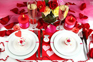 Pictures Holidays Little cakes Champagne Roses Candles Plate Heart Stemware Petals Food Flowers