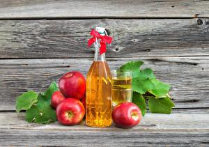 Fotos Saft Äpfel Bretter Mauer Flasche Schleife Trinkglas Rot das Essen