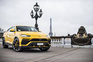 Image Lamborghini Yellow Metallic 2018 Urus automobile