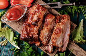 Pictures Meat products Cutting board Ketchup Food