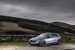 Fotos Mercedes-Benz Silber Farbe 2018-19 AMG C 63 S Estate Autos