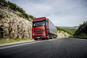Wallpaper Mercedes-Benz Lorry Red Motion 4x2 Actros Cars