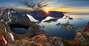 Hintergrundbilder Norwegen Lofoten Sonnenaufgänge und Sonnenuntergänge Bucht Felsen Laubmoose