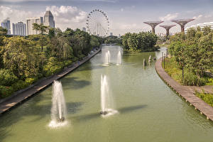 Pictures Singapore Parks Canal Ferris wheel