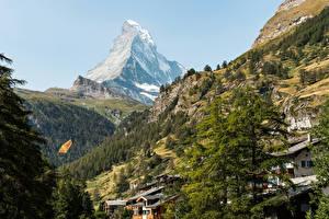 Hintergrundbilder Schweiz Gebirge Gebäude Alpen Bäume Zermatt Natur