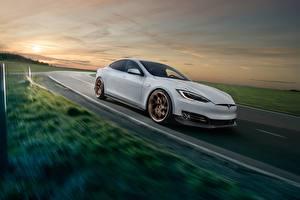 Hintergrundbilder Tesla Motors Bewegung Weiß Model S Novitec 2017
