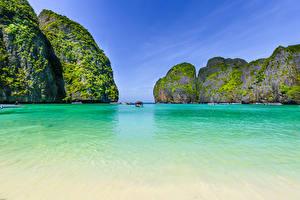 Bilder Thailand Tropen Schiffe Bucht Felsen Maya bay Phi Phi Island Natur