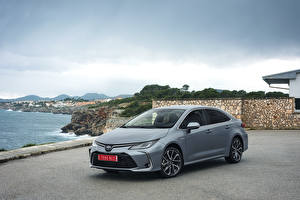 Fotos Toyota Hybrid Autos Grau 2019 Corolla Hybrid Sedan Worldwide Autos