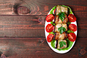 Hintergrundbilder Gemüse Tomate Aubergine Bretter Teller