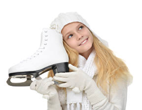 Bilder Weißer hintergrund Kleine Mädchen Lächeln Schlittschuh Handschuh Kinder