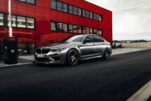 Bilder BMW Silber Farbe M5 F90 2019 ACS5 Sport Autos