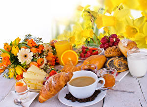Picture Bouquets Daffodils Croissant Coffee Juice Milk Cheese Strawberry Buns Breakfast Cup Highball glass Egg Food