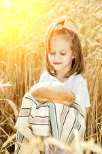 Pictures Bread Little girls
