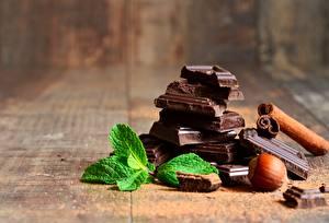 Fotos Schokolade Schalenobst Großansicht Minzen das Essen