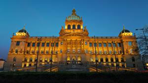 壁纸、、チェコ、プラハ、建物、夕、博物館、街灯、階段、National Museum、