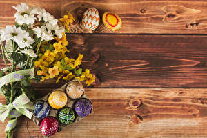 Photo Easter Bouquets Chrysanthemums Wood planks Eggs Flowers