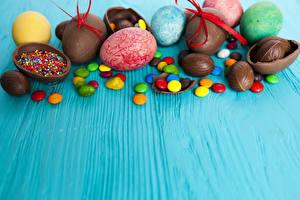Fonds d'écran Pâques Confiseries Chocolat Bonbon Œuf