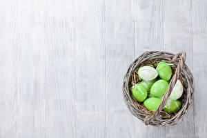 Image Easter Boards Eggs Wicker basket