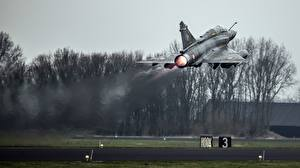 Pictures Airplane Fighter Airplane Takeoff Mirage 2000 French Aviation