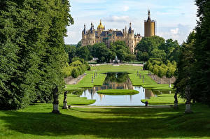 Picture Germany Castles Parks Sculptures Pond Lawn Schwerin Castle Cities