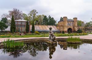 Fotos Deutschland Garten Gebäude Springbrunnen Skulpturen Botanischer Garten Karlsruhe Natur