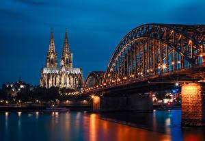 壁纸、、ドイツ、寺院、川、橋、桟橋、夜、街灯、Cologne、都市