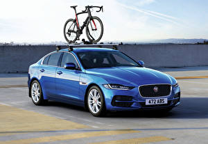 Photo Jaguar Light Blue Bike Metallic 2019 XE D180 HSE Worldwide auto