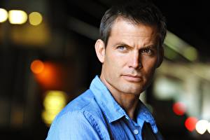 Picture Man Staring Beautiful Face Casper Van Dien Celebrities
