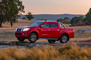 Fotos Nissan Pick-up Rot Metallisch 2017-19 Navara ST-X Dual Cab