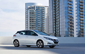 Image Nissan White Metallic 2019 Leaf e automobile