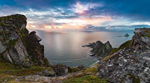 Bilder Norwegen Sonnenaufgänge und Sonnenuntergänge Küste Bucht Felsen Laubmoose
