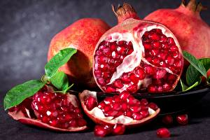 Images Pomegranate Closeup Grain