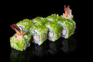 Fotos Meeresfrüchte Sushi Schwarzer Hintergrund