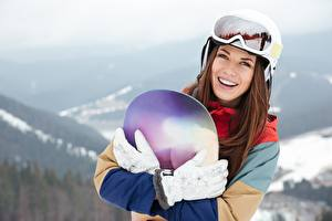 Picture Snowboarding Eyeglasses Brown haired Smile Glove Valeria Snegnay Girls