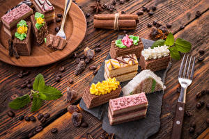 Pictures Sweets Cake Cinnamon Coffee Boards Fork Grain Food