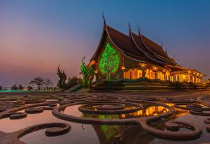 Bureaubladachtergronden Thailand Tempel Avond Beeldhouwkunst Ratchathani Province Steden