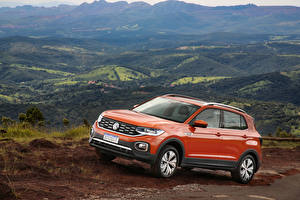 Pictures Volkswagen Orange Metallic 2019 T-Cross 250 TSI Highline Latam Cars
