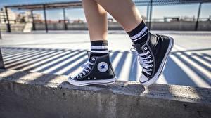 Fotos Großansicht Bein Plimsoll Schuh Converse