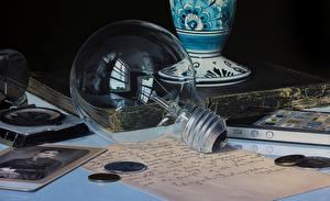 Wallpaper Closeup Light bulb Jason de Graaf