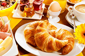 Pictures Croissant Plate Eggs Three 3 Breakfast Food