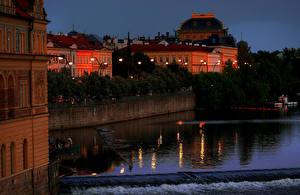 Fotos Tschechische Republik Prag Haus Flusse Abend Schiffsanleger Straßenlaterne Städte