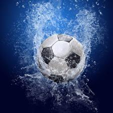 Bilder Fußball Ball Spritzwasser