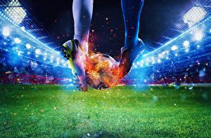 Hintergrundbilder Fußball Flamme Stadion Bein Ball Sportschuhe Rasen Sport