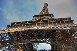 Fotos Frankreich Paris Eiffelturm Untersicht Ansicht von unten