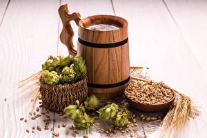 Pictures Humulus Beer Wood planks Mug Ear botany Grain