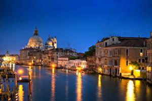 Fotos Italien Abend Venedig Kanal Straßenlaterne Städte