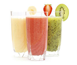 Images Juice Chinese gooseberry Strawberry White background Three 3 Highball glass Food